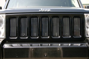 Jeep Commander 06-10 Vetical Billet-Main Grille-Insert
